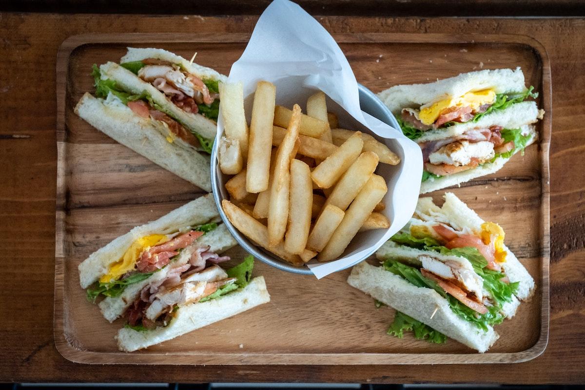 School lunch | Credit: Chris Tweten at Unsplash